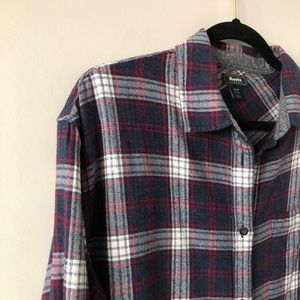"Roots Tops - NWOT-ROOTS ""Alaina"" Boyfriend Flannel"